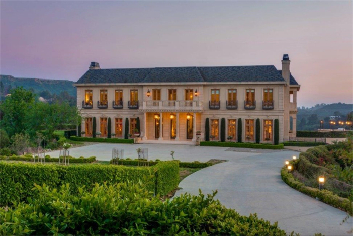 Estate Of The Day 37 5 Million Timeless French Chateau